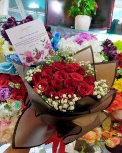 handbouquet mawar merah 20 tangkai