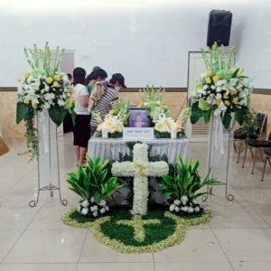 bunga salib dan 2 standing flower